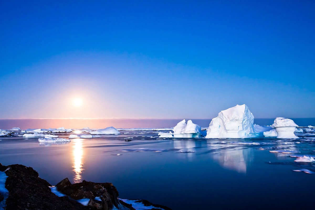 Volodymyr Goinyk _SOUTH_POLE_shutterstock